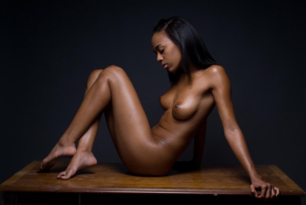 фото красивых черных голых девушек