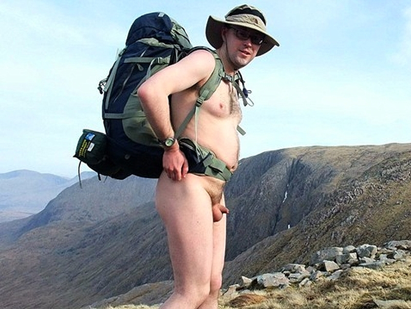Hiking bare
