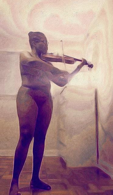 hontouniheart viola stand play