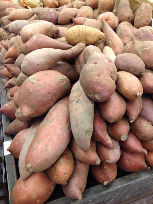 potatos at store